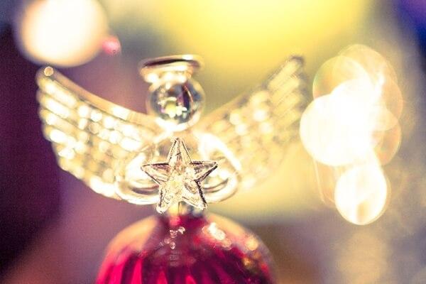 クリスマスのサプライズはコスプレでしょ!彼女にしてほしいコスはサンタ?