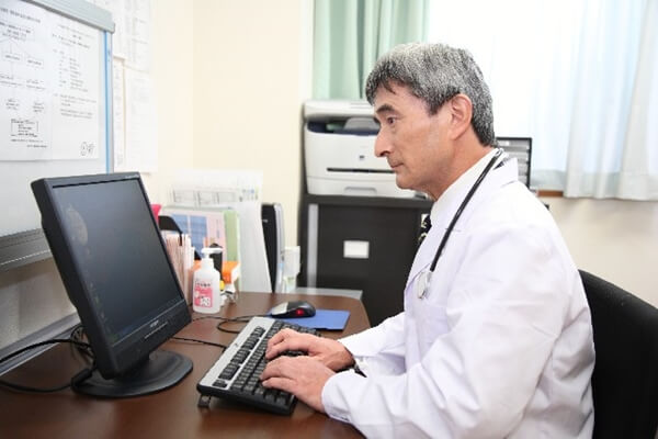 医者にモテる話題はある?医師と付き合うために抑えておくべきポイントとは!
